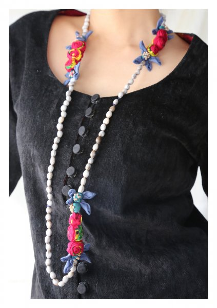 Dira Tulsi Bead Textile Necklace