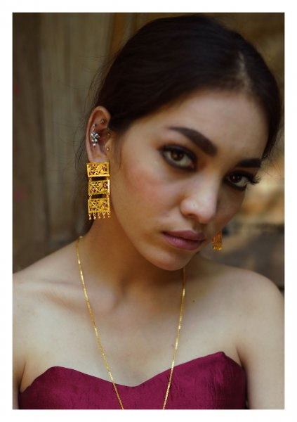 Aaliya Handmade Goldtone Silver Earrings