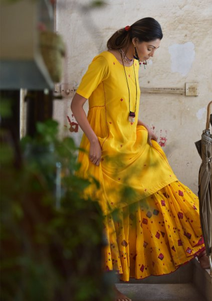 Narangi Yellow Chanderi Asymmetric Hemline Cotton Kurta