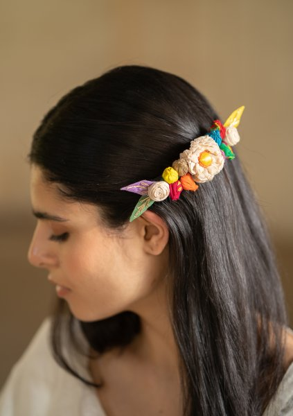 Chirp Floral Comb Clip