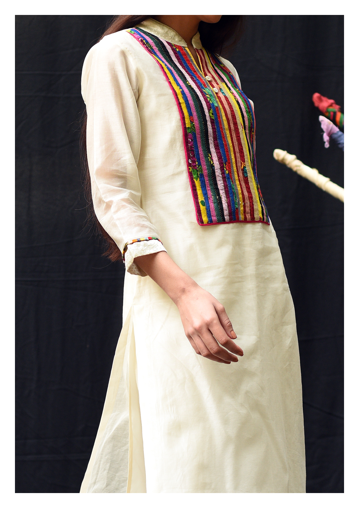 Saral Cream Kurta Pants Set