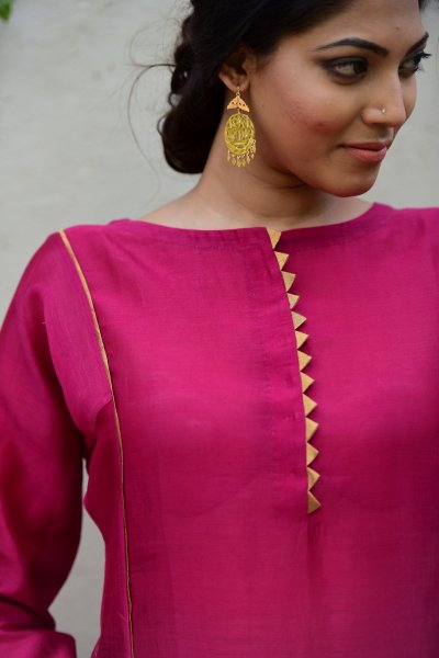 Gudhal Pink Chanderi Long Kurta
