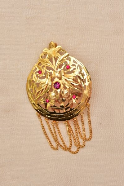 Nagma Handmade Gold tone Mixed metal Broach