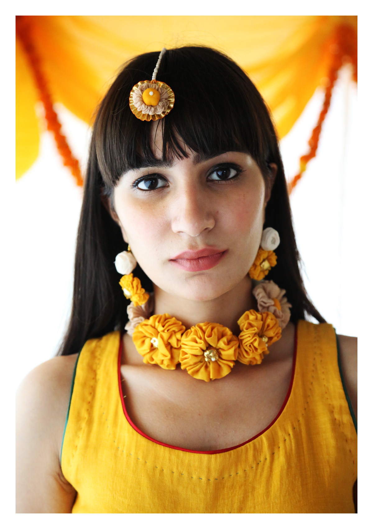 Aharon Textile Jewellery Set