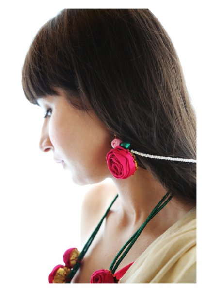 Fukayna Pink Rose Earrings
