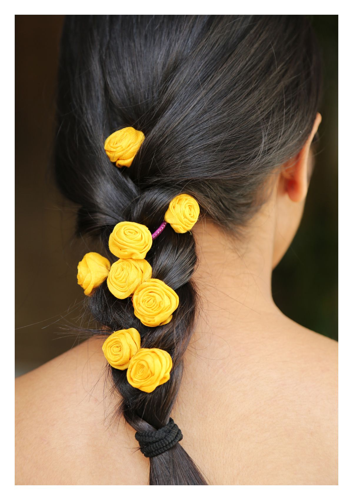 Yellow Rose Textile Parandi