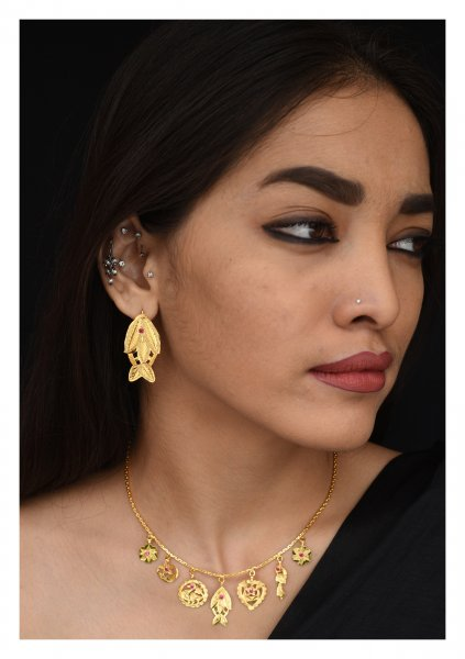 Machli Handmade Goldtone Silver Earrings