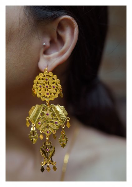 Humaira Handmade Goldtone Silver Earrings