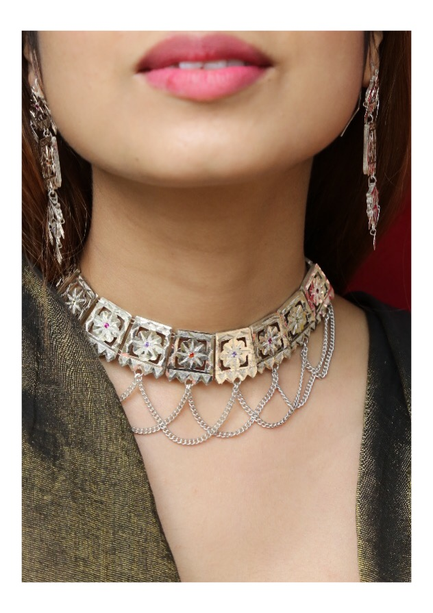 Binari Handmade Silver Necklace and Earrings Set
