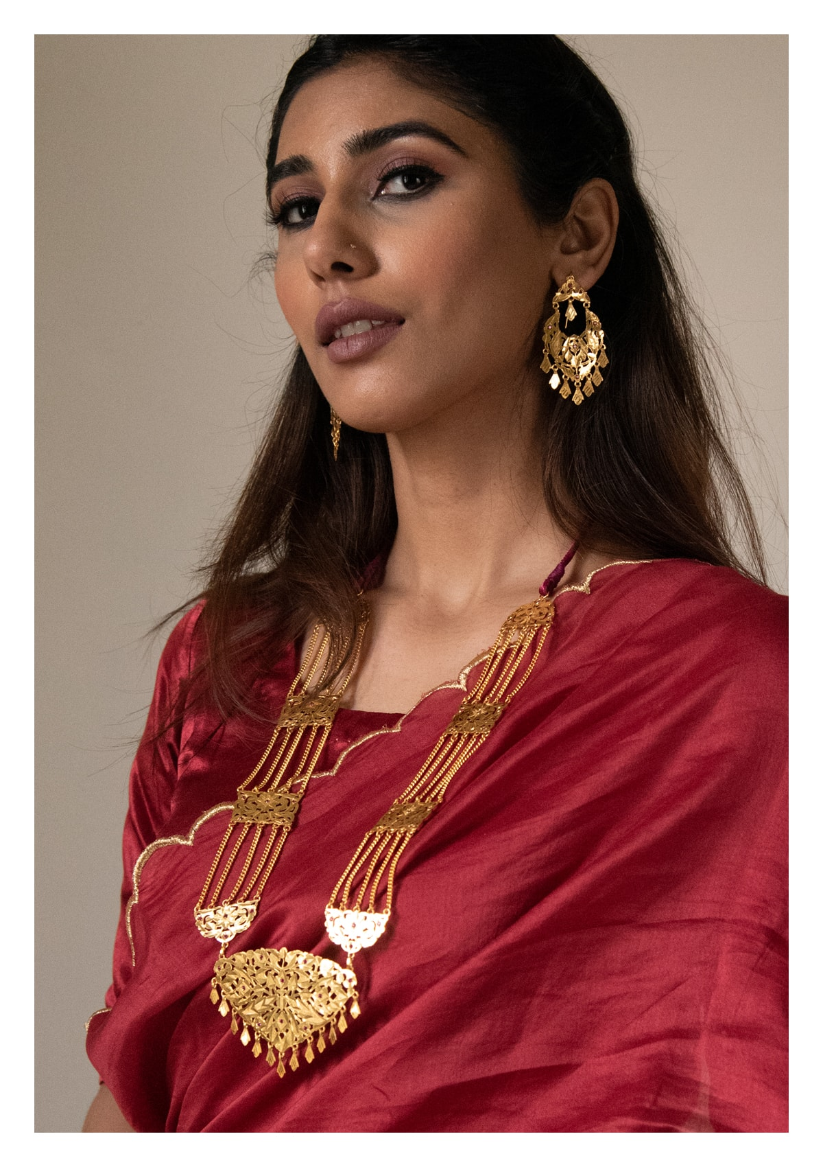 Rani Haar Gold Tone Silver Necklace