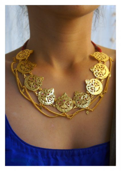 Dilsa Gold Tone Silver Necklace