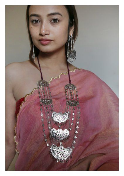 Bano Handmade Necklace and Earrings Set