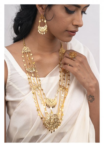 Seeta Gold Tone Silver Necklace