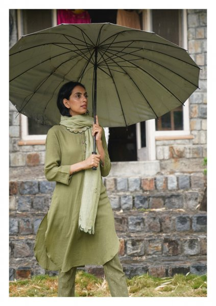 Old Rose Green Kurta Pants & Scarf Set